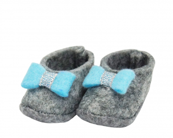 FELT SHOES WITH BABY BLUE BOW