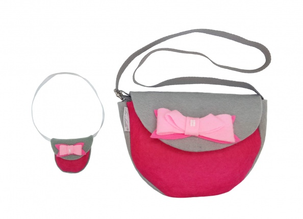 BAG WITH PINK BOW